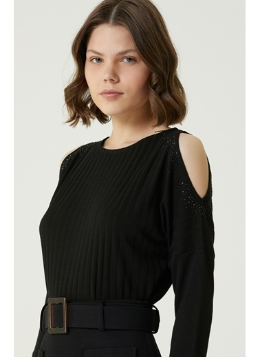 NetWork 1079965 Kadın Basic Fit Omuz Detaylı Bluz Siyah